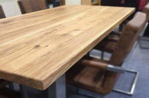 Houten Tafel Behandelen : Eikenhouten tafel behandelen of opknappen skylt lak